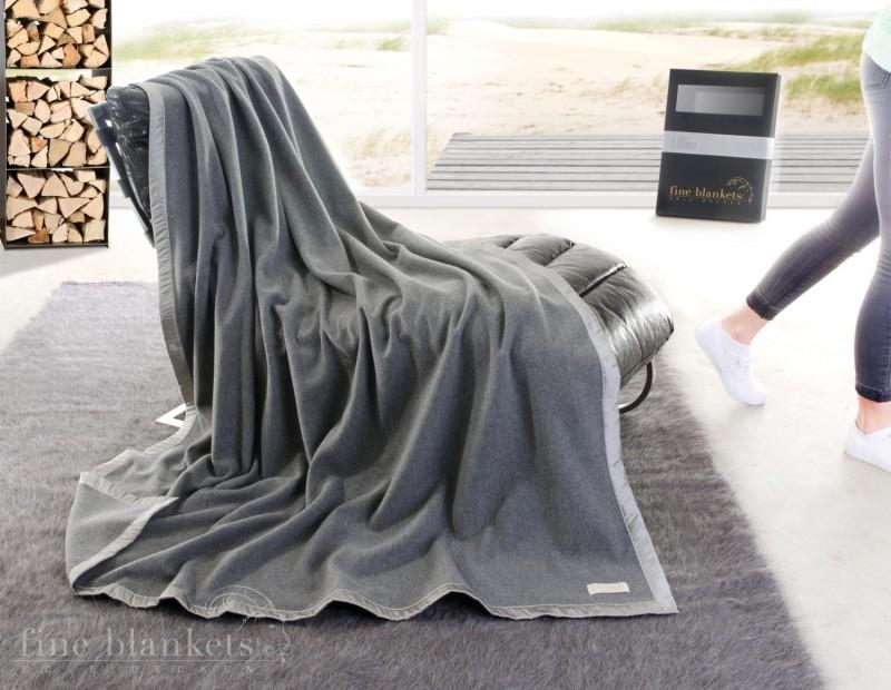 Decke Cashana Seidenbandeinfassung 100% Cashmere in grau - 2 Größen