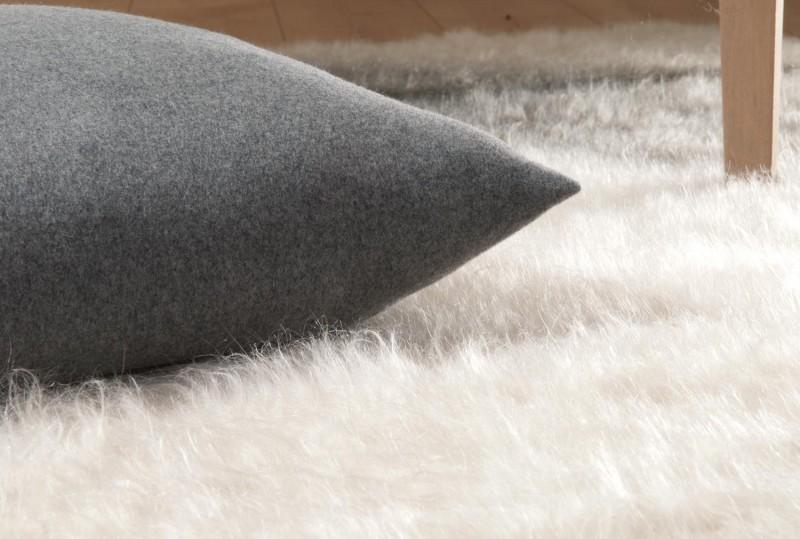 Kaschmirkissen Cashana grau in 45x45cm