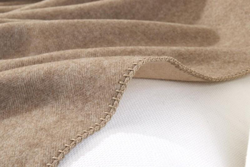 Decke Varenna 100% Cashmere umkettelt in Fischgrät - 4 Größen