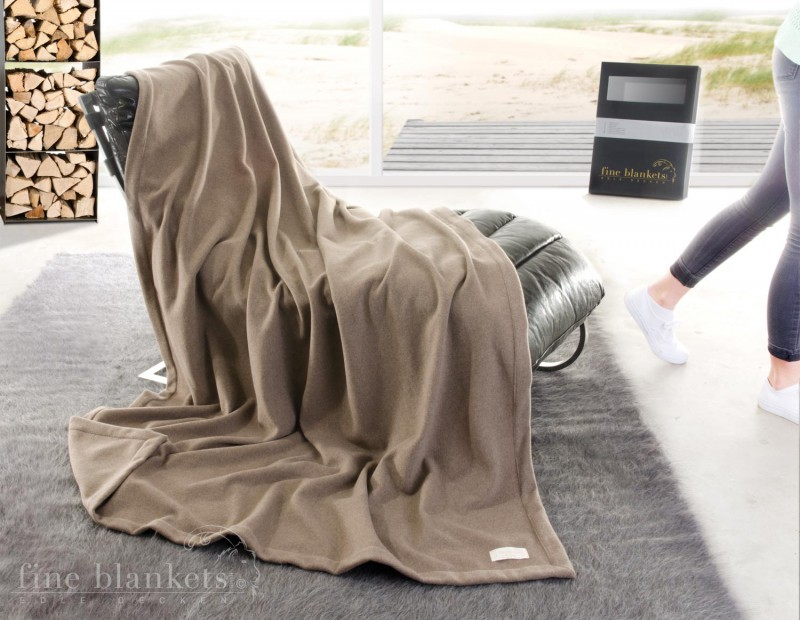 Decke Cashana Kuvertsaum 100% Cashmere in umber 140x190cm